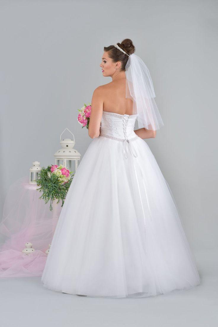 Elegancki wiązany gorset sukni ślubnej.
