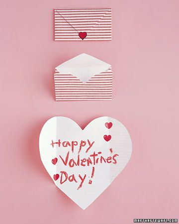 Envelopes that turn into heart-shaped valentines! (Valentine's Day)