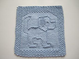 Free+Knitting+Pattern+-+Dishcloths+&+Washcloths+:+Tail+A+Wagging+Dishcloth