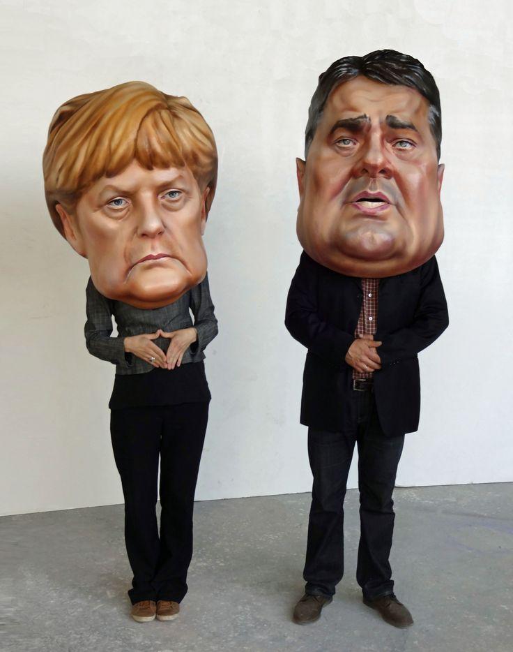 Merkel-und Gabriel-Maske, Trageköpfe
