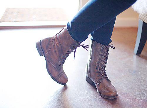 steeve madden troopa boots!! I neeeeed these