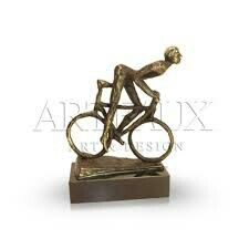 deze aan het fietsen