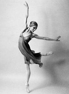 """""""Pasión por el movimiento"""": <!-- /* Font Definitions */@font-face {font-family...  #dance #danza #ballet #leyendas"""