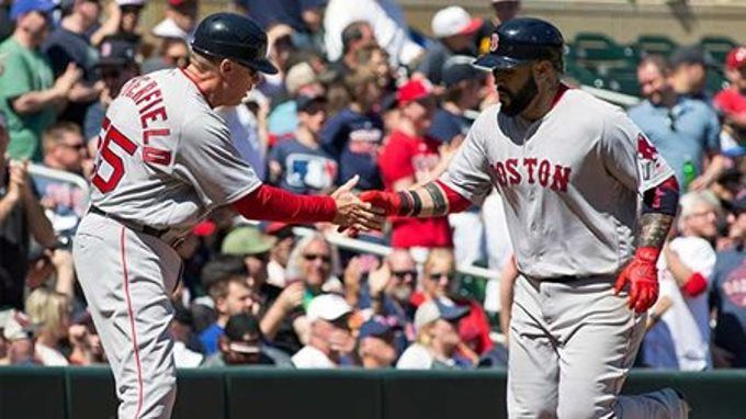 Sandy León fue la bujía ofensiva en el triunfo de los Medias Rojas #Beisbol #Deportes