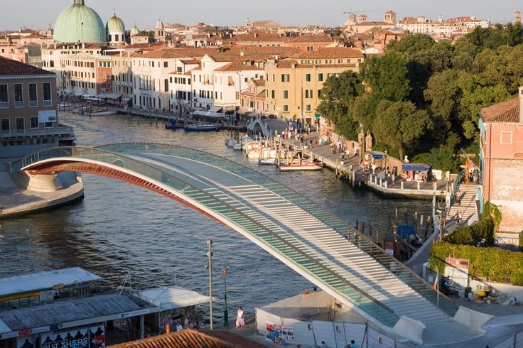 Ponte della costituzione by Calatrava, Venezia, Italia