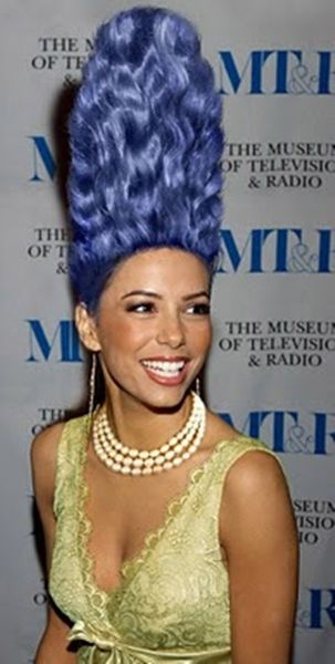 An Elegant Marge Simpson