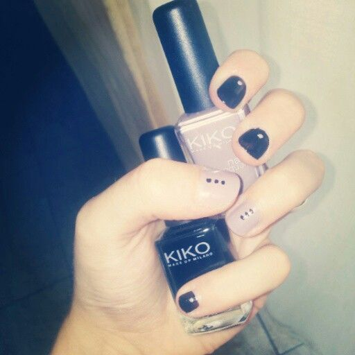 #ModE #me #nail #nails #unghie #beige #nero #black #pois #colore   Seguimi, follow me  https://m.facebook.com/profile.php?id=128531567188056soft=side-area#!/profile.php?id=400443306661391view=page