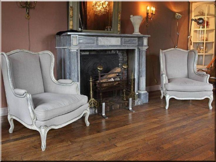 Felújított antik bútorok