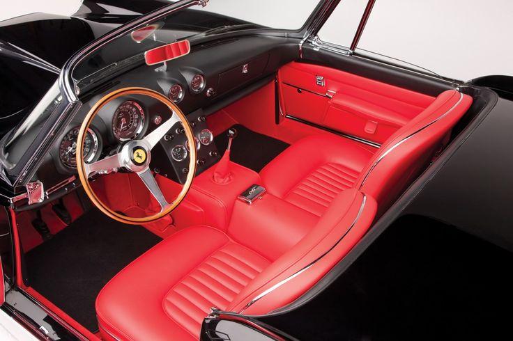 ¿Cuánto vale mi coche clásico? 5 pasos para asegurar tu coche clásico | Retro Cars Spain alquiler de coches clasicos para bodas y eventos