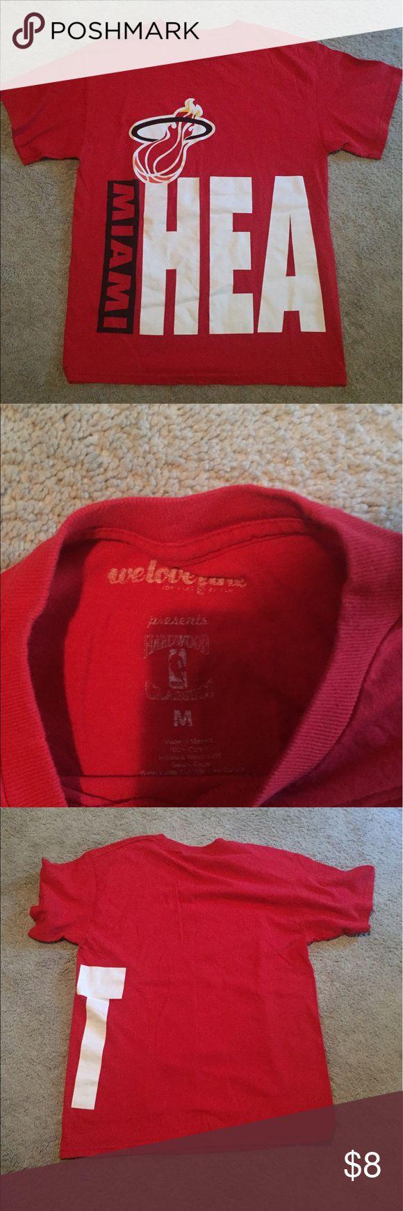Miami heat shirt Awesome Miami heat basketball shirt! Large print logo! Size is medium hardwood classics Shirts Tees - Short Sleeve
