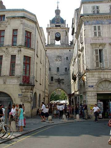 La Rochelle big clock tower, Poitou-Charentes  http://www.holidays-france-atlantic.com