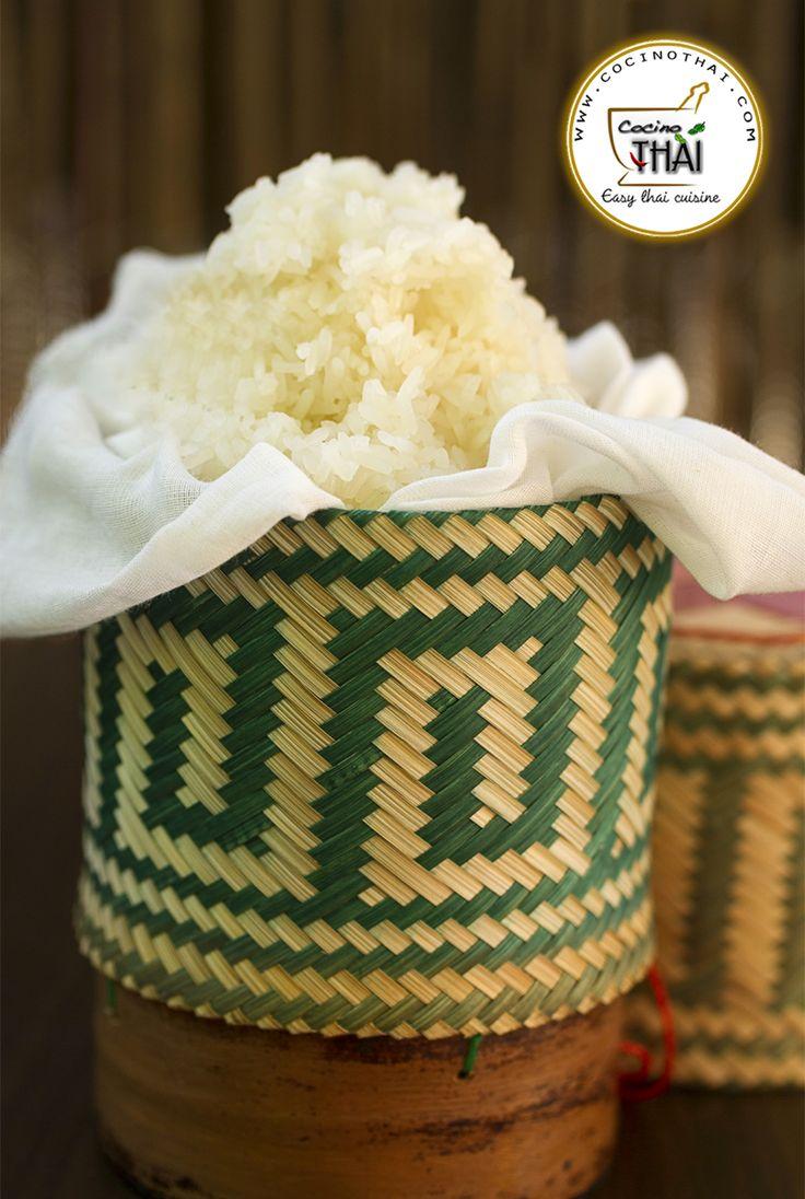 "Como preparar paso a paso ""Arroz Glutinoso"" o Sticky rice de la forma tradicional tailandesa. Os invito a que conozcáis éste arroz y os animo a que lo probéis! #Arroz #CocinaTailandesa #stickyrice #comidatailandesa"