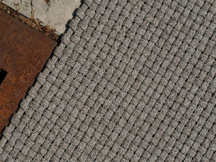 Tapis fait main de fibres synthétiques NIMES by Warli design Paolo Zani