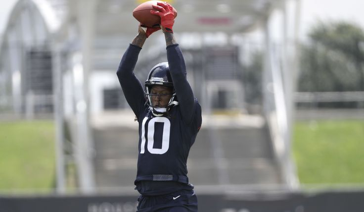 Texans agree to large five-year extension with WR DeAndre Hopkins