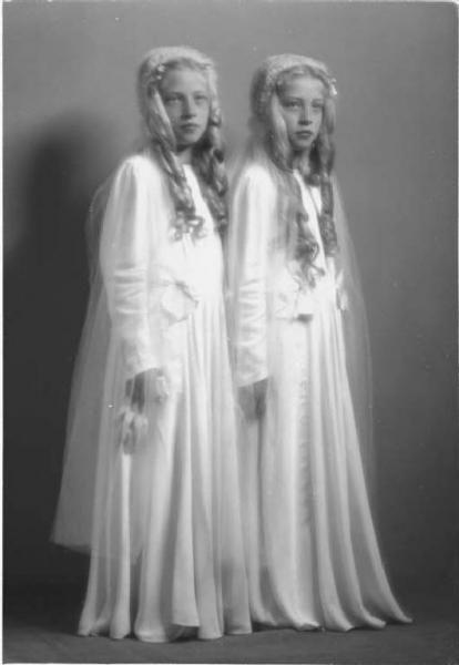 Italian twins 1941