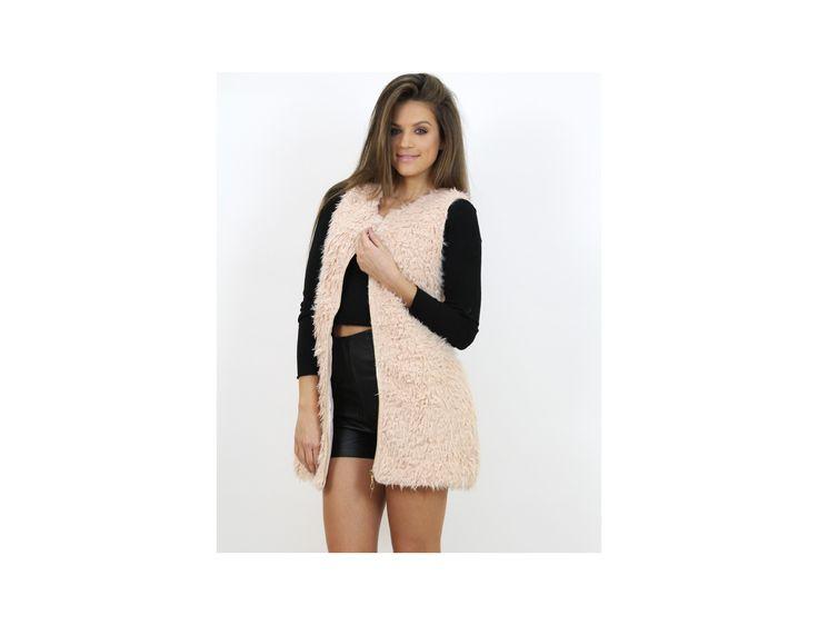 Vestă Lungă din Blană Artificială - Pulovere și Cardigane - Famevogue  #vesta #haine #imbracaminte #moda #sweaters #style #fashion