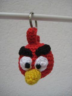 Angry Bird:  Materiaal:  Rode katoen  Gele katoen  Zwarte katoen  Witte katoen  Vulwol  Ring  Haaknaald 2   Toer 1:magic loop met daarin 4...