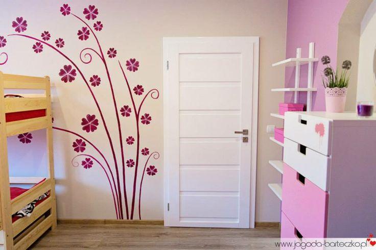 Ręcznie malowane kwiaty :) Nowe drzwi :)