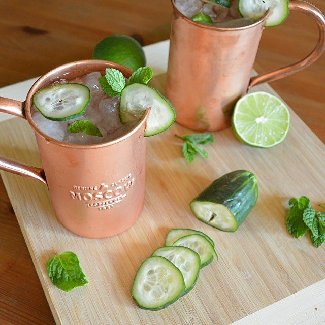 A wonderful light, refreshing, Cucumber Mule you'll need this weekend.  Recipe: Ice 2 oz. vodka 4 oz. of ginger beer 2-3 slices of fresh cucumbers 1 lime Mint leaves  First shake and muddle the slices of cucumber with juice from a lime. Add ice to your copper mug then pour the vodka and add mint leaves. Next add the cucumbers and lime juice. Then top with ginger beer and garnish with a slice of cucumber and a sprig of mint and ENJOY!  #cucumbermule #moscowcopper #refreshing #delicious…
