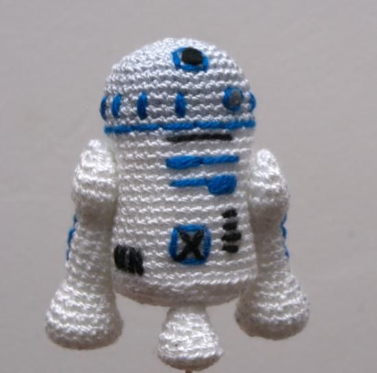 Free Crochet Patterns Amigurumi Star Wars : Robot r2d2 de la saga star wars ?Muy geek! Frikadas ...