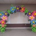 Ideas para decorar con globos tu fiesta de cumpleaños de lalaloopsy hermosas decoraciones puedes usar globos de colores puedes hacer un arco, flores, soldaditos puedes poner globos en la puerta de entrada del salón en la mesa de postres en la parte de adentro en cada esquina tan bien puedes poner globos a qui te dejamos barias ideas de como puedes decorar la fiesta de lalaloopsy espero y les gusten