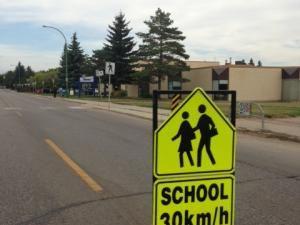 chool zone at Ecole Lakeview School in Saskatoon on Sept. 9, 2013. Karin Yeske/News Talk Radio
