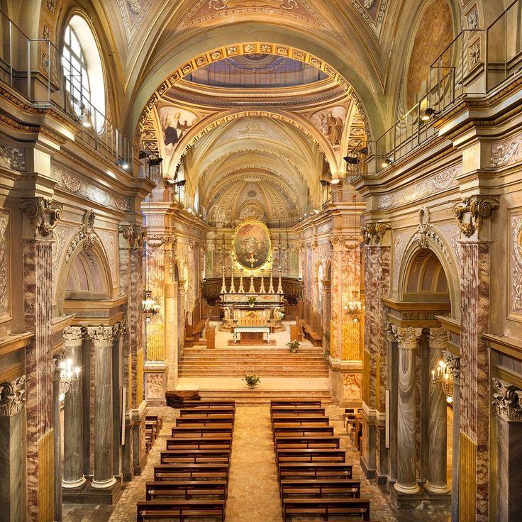 Interno della Cattedrale di Santa Maria Assunta - Ivrea,  Italy - © Emanuele Fusco Photography