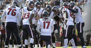 Los jugadores de los Texans de Houston han recibido instrucciones por parte del equipo de que no salgan del hotel y no ordenen servicio de habitación durante su visita a México para el partido del lunes contra los Raiders de Oakland. El partido forma parte de la serie internacional de la NFL, y es […]