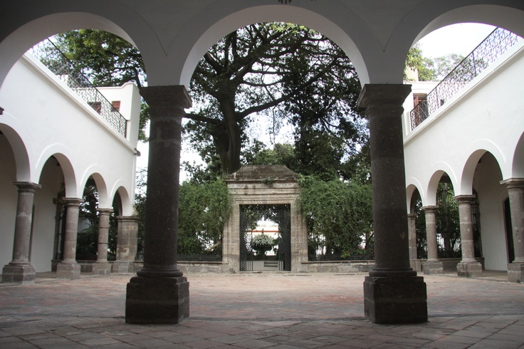 Casa Histórica en San Pedro Tlaquepaque: Mexicans Style, La Perla, Casa Histórica, Orán, Is Mexico, Accordingly Without, Histórica En, Two Hundred, Colonial Mexicans