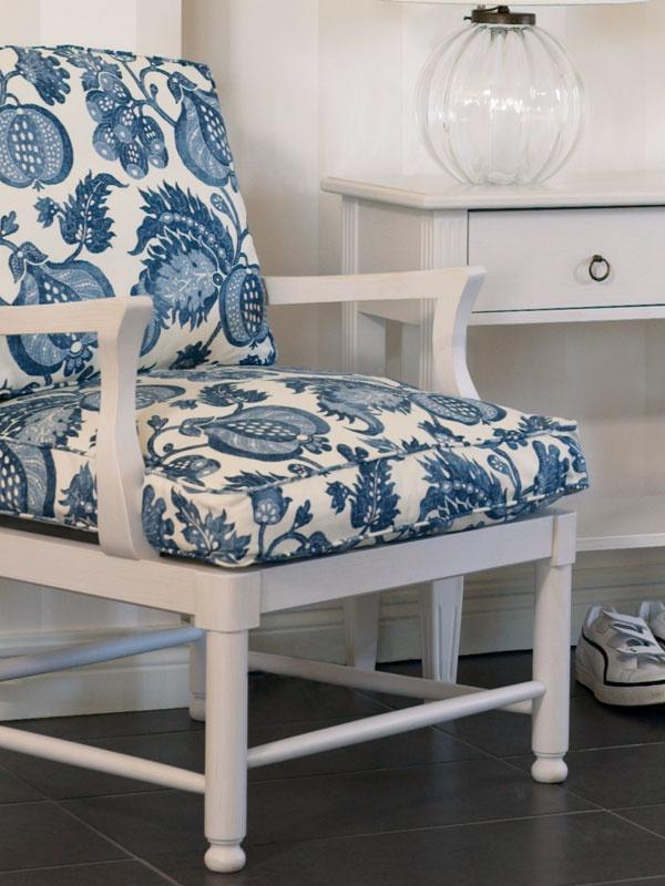 swedish classic chair