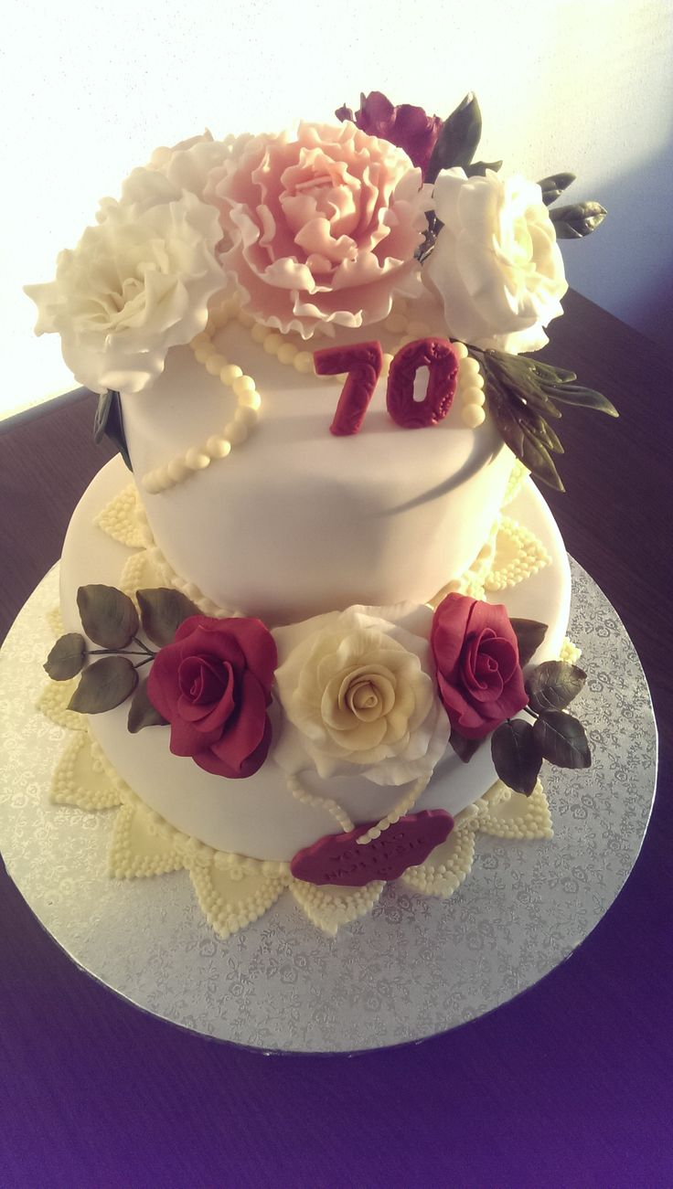 Peony and rosses cake