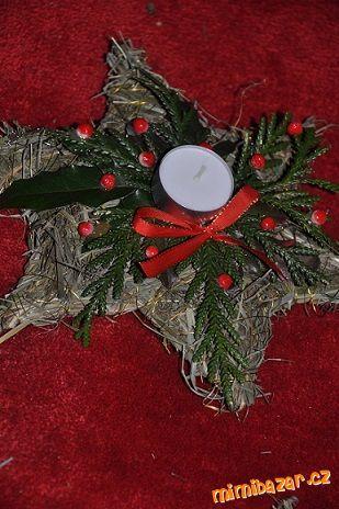 Vánoční ozdoby ze sena