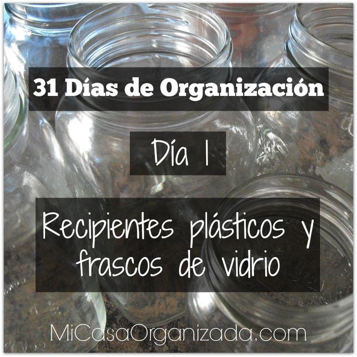 Comenzamos nuestro reto de 31 días, y el día de hoy vamos a dedicarlo a todos aquellos recipientes plásticos y frascos de vidrio que no usas.   No me mientas! Sé que tienes más de uno p…