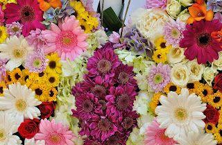 Flowers Garden, passion for colours: Lumanare de botez in forma de fluture cu crizantem...