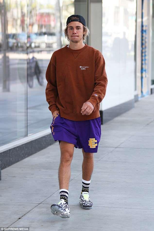 Justin Bieber Jogs In Beverly Hills After Secret Coachella Performance Justin Bieber Style Justin Bieber Outfits Justin Bieber