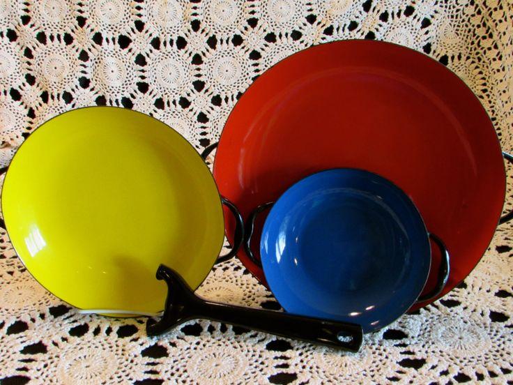 Sizzling Server Pan Set, 4 Piece Enamel Skillet Set with Handle, Multi Colored Enamel Skillets, Vintage Cookware