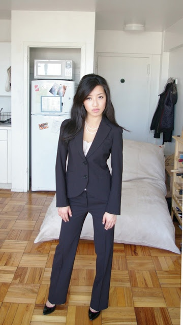 Review: Petite Suiting Under $500 - Theory sz 00
