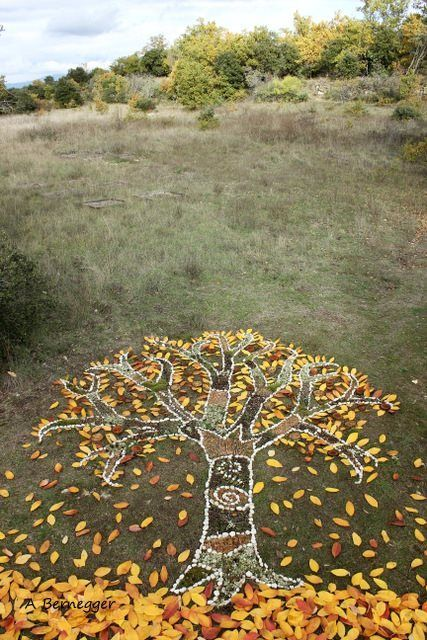fantastic nature activity and art project for kids in the Fall / Autumn Lustik — Alain Bernegger Lustik: twitter | pinterest |...