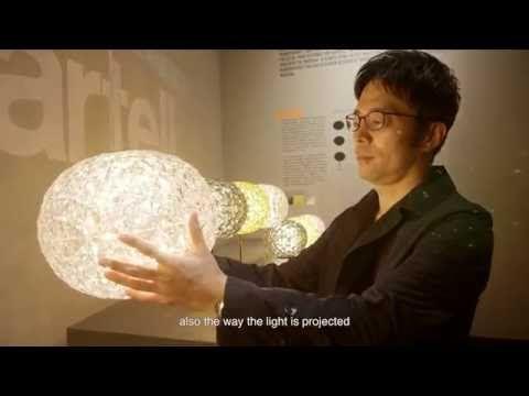 Scopri Lampada da tavolo Planet -/ LED - H 28 cm, Cristallo di Kartell, Made In Design Italia
