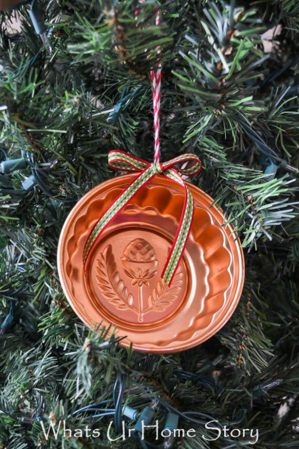 Vintage jello mold ornament - Whats Ur Home Story