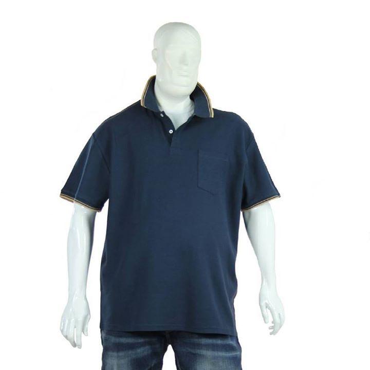 Polo #blu #scuro con #colletto e #righetta anche in versione #rossa !   Approfitta dei #saldi #estivi per rinnovare il #tuo #guardaroba dalla #xxl fino alla #8xl !  http://ift.tt/2cNy2ox