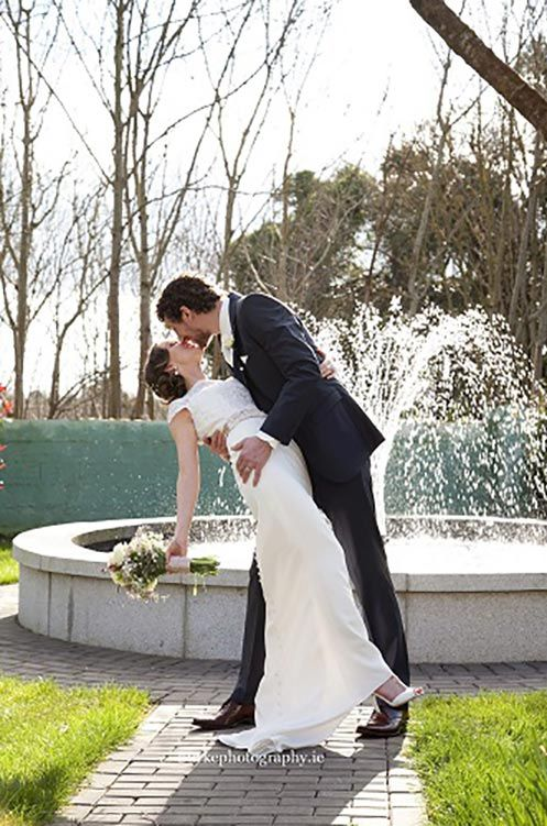 Wedding shot in our gardens #burkephotography #wedding #fountain #weddinggardens #weddingreception #realwedding #love