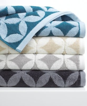 Best Bathroom Inspirations Images On Pinterest Bathroom Ideas - Bath towels on sale for small bathroom ideas