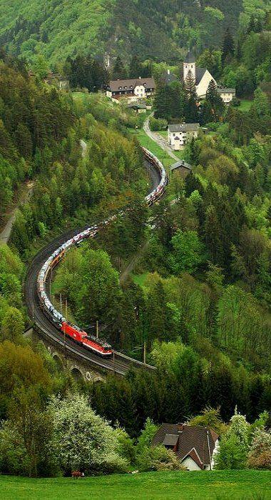 Wagnergraben-Viadukt, Klamm-Schottwien, Austria (by padacek on Flickr)