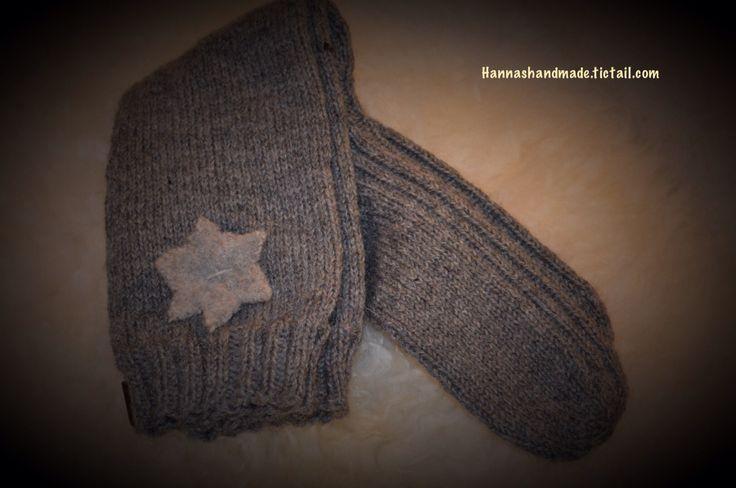 #handmadeinfinland #starsocks #woolsocks #kneesocks #greysocks #winteriscoming #areyoureagy