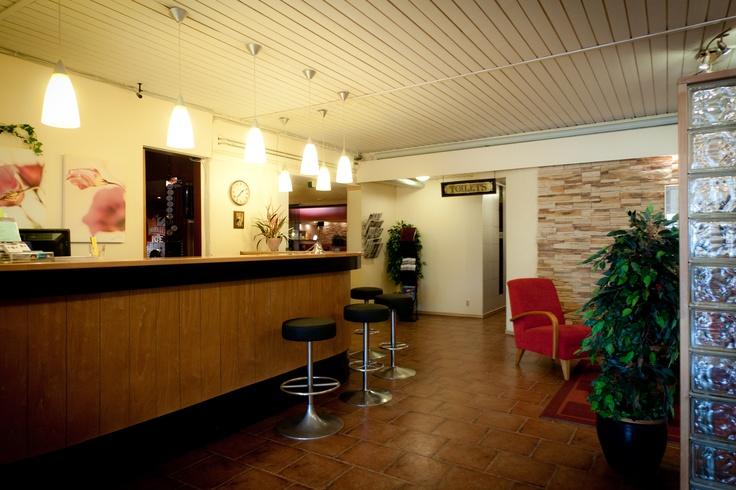 BW Hotel Samantta Welcome - Front desk