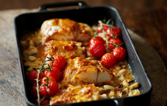 Oven-baked Thai Cod Recipe Main Dishes with Thai red curry paste, Flora Cuisine, ground black pepper, cod fillets, onions, garlic cloves, mushrooms, cherry tomatoes