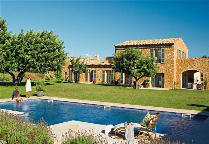 house in Spain --- http://www.elmueble.com/