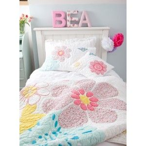 Daisy Floral Cot Bed Quilt  - childrens bedding