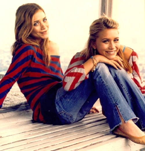 I'm the 3rd Olsen sister.....just in case you didn't know.